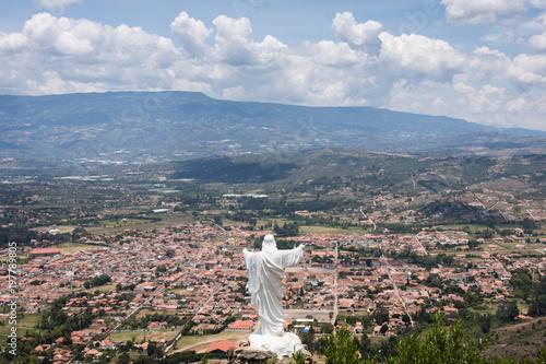 In de dag Zuid-Amerika land Mirador au-dessus de Villa de Leyva, Colombie