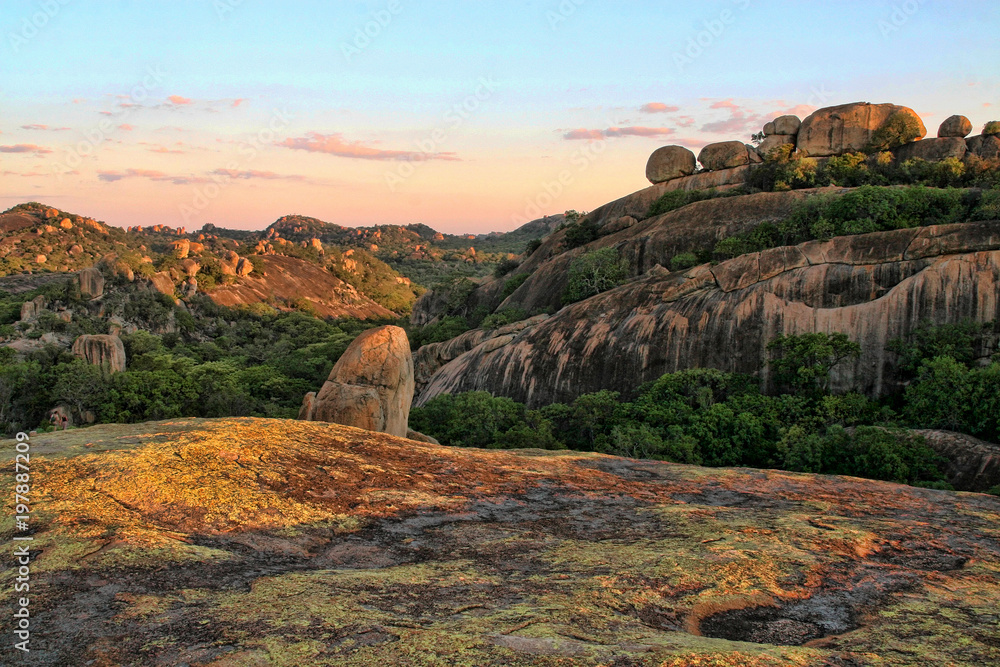 Fototapety, obrazy: The picturesque rock formations of the Matopos National Park, Zimbabwe