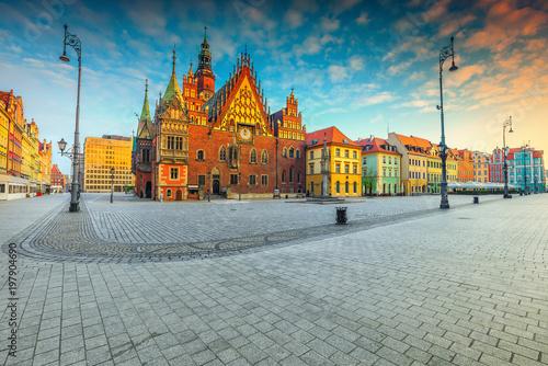Obraz Fantastic morning scene in Wroclaw on Market Square, Poland, Europe - fototapety do salonu
