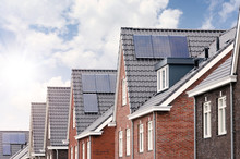 New Houses With Solar Panels