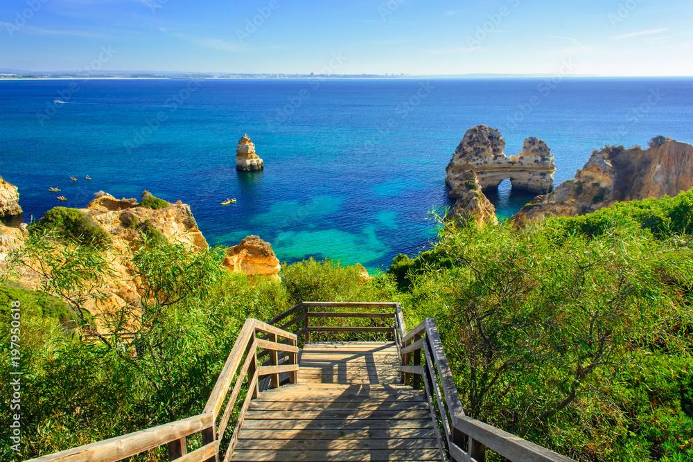 Fototapety, obrazy: Wooden walkway to secret beach near Lagos on Ponta da Piedade. algarve region