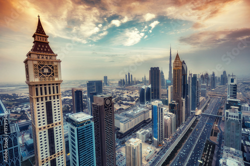Photo  Aerial view on skyscrapers of Dubai, UAE, at sunset