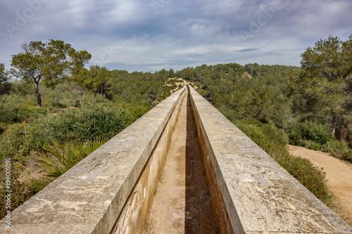 The Ferreres Aqueduct top view Fototapete