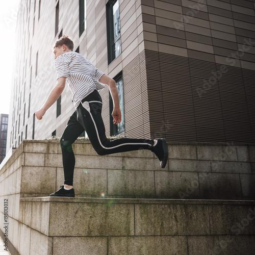 Fotografie, Obraz  Freerunner in the City