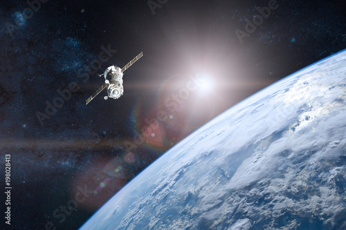 Fotografía  Blue planet Earth. Spacecraft launch into space. Elements of thi