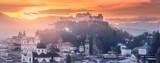 Fototapeta Londyn - Panoramic view of Salzburg at winter morning