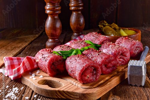 fresh raw beef roulades Tablou Canvas