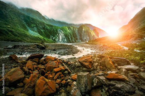 Foto op Aluminium Nieuw Zeeland beautiful scenic of fox glacier west coast southland new zealand