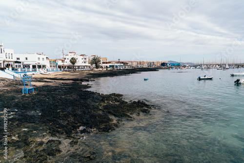 Fotografia, Obraz  Waterfront and harbour of Corralejo