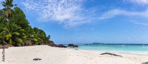 Staande foto Tropical strand Paradise beach on Silhouette island, Seychelles