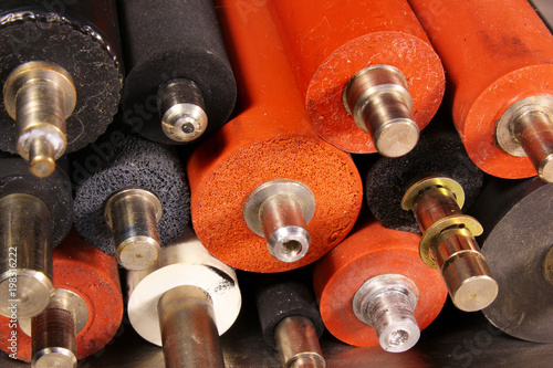 Fotografía  Old rubber rollers from fusers of laser printers and copiers