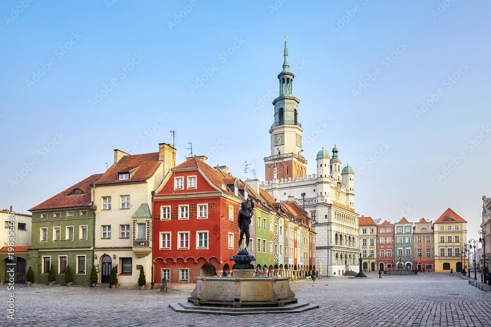 Rynek Starego Miasta w Poznaniu, Polska. <span>plik: #198355635 | autor: MaciejBledowski</span>