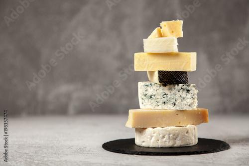 Fototapeta Different sorts of cheese obraz