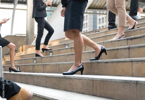 Фото ножек с улицами, голые жены и фотомодели