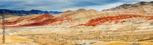 Obraz na plátne Colorful clay hills in the Painted Hills of Oregon, USA