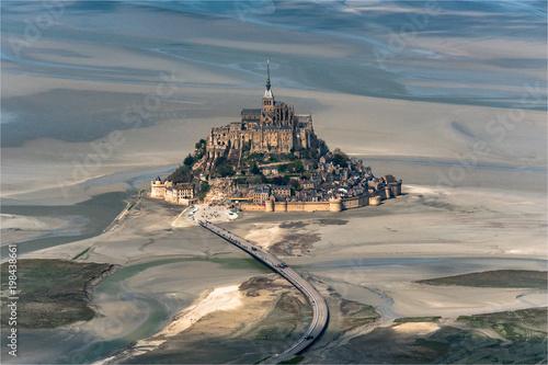 Foto  vue aérienne du Mont Saint Michel en France