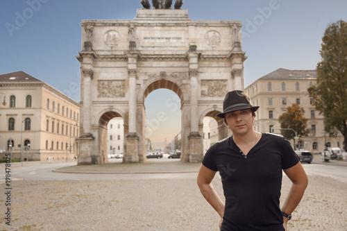Cuadros en Lienzo Victory Gate triumphal arch Siegestor in Munich, Germany