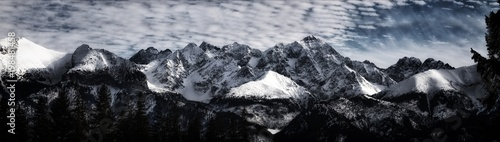 Foto op Aluminium Bergen Snow-covered peaks of the Tatra Mountains.