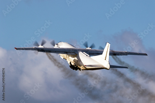 Photo  cargo plane engine emission