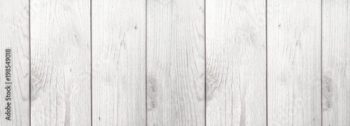 Carta da parati Whitewashed Wood Grain Farmhouse Style Shiplap Background Texture, Horizontal
