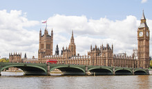 The Houses Of Parliament In Lo...