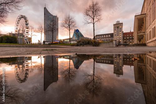 Fotografie, Obraz  Ein Abend in der Stadt Leipzig auf dem Augustusplatz