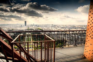 Fototapetavista della città di Parigi dal secondo piano della Tour Eiffel
