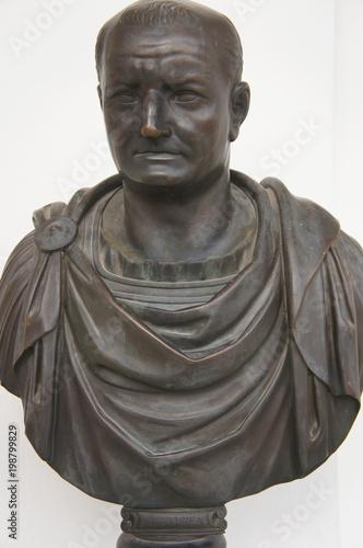 Fényképezés  Bronze statue of Vespasian roman emperor