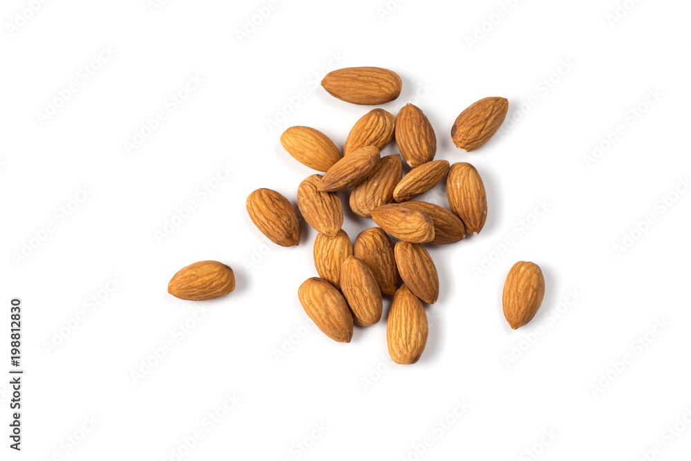 Fotografía  Almond nuts isolated on white background