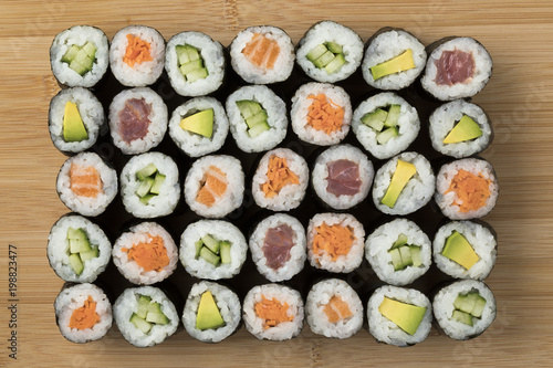 Fototapeta  Traditional Japanese sushi maki obraz