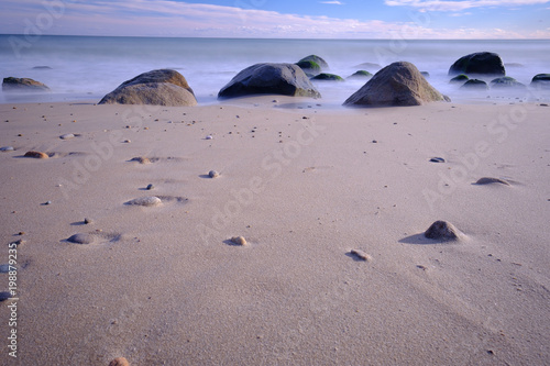 Rocky stewn beach on Martha's Vineyard at lowtide Canvas Print