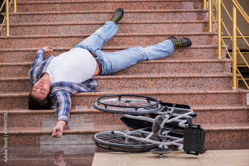Photo  Disabled man on wheelchair having trouble with stairs