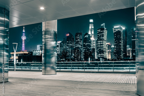 Keuken foto achterwand Nacht snelweg Empty floor with modern skyline and buildings at night in Shanghai