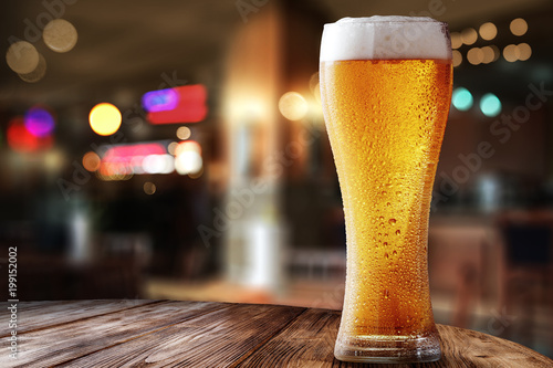 Photo sur Aluminium Biere, Cidre fresh cold beer
