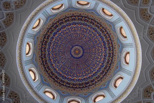 Fotografía  Masterpiece of mosaic and maiolica, mosque in Tashkent, Uzbekistan