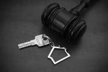 Judge Gavel And Key  Table