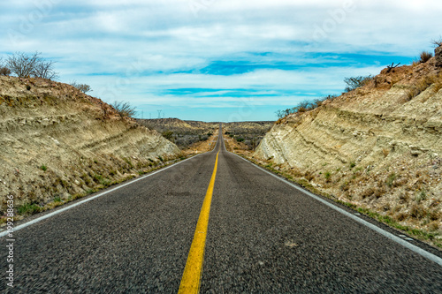 Fotomural baja california landscape endless straight panorama road