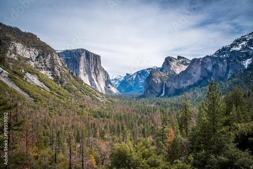 Tunnel View Yosemite National Park Wallpaper Mural