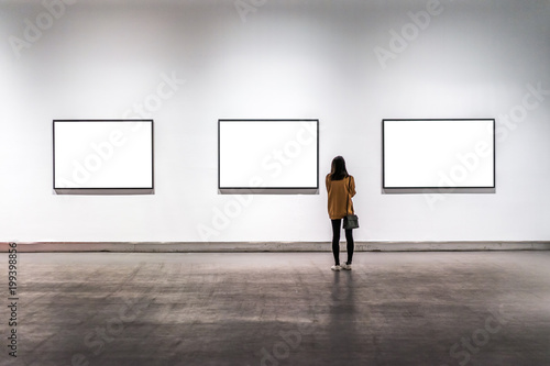 interior of gallery with blank frame Poster Mural XXL