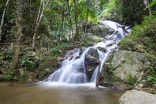 Mae Kam Pong Waterfall At Second Floor