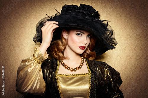 Fotomural golden vintage style