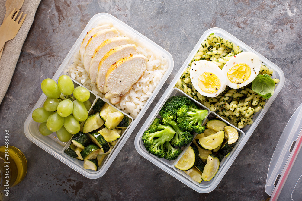 Fototapety, obrazy: Healthy meal prep containers with chicken and rice