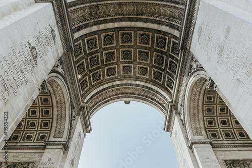Valokuva Arc de Triomphe in Paris, France
