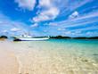 青い空と澄んだ海、石垣島川平湾