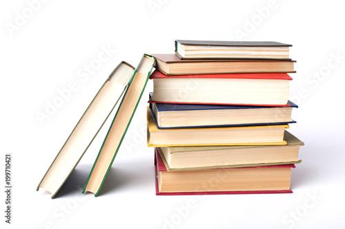 Fotografia stack of old books on white background