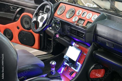 Fotografía  custom car interior with audio system and lcd display