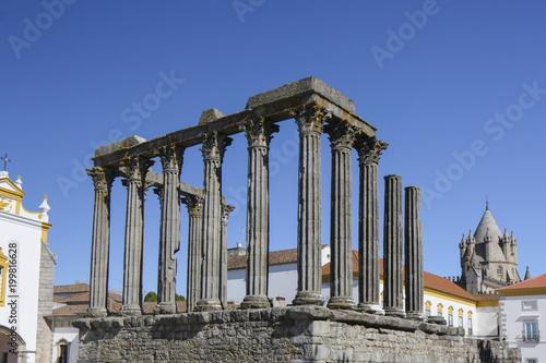 Deurstickers Rudnes Roman Temple of Evora