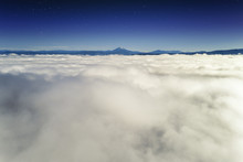Above The Clouds | Mount Mclou...