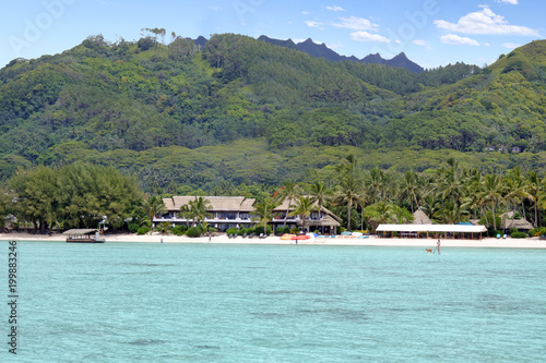 In de dag Pool Landscape view from a boat of Muri lagoon beach in Rarotonga Cook Islands