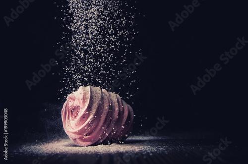 Foto op Plexiglas Textures Sugarloaf falls on marshmallows on a dark background, macro
